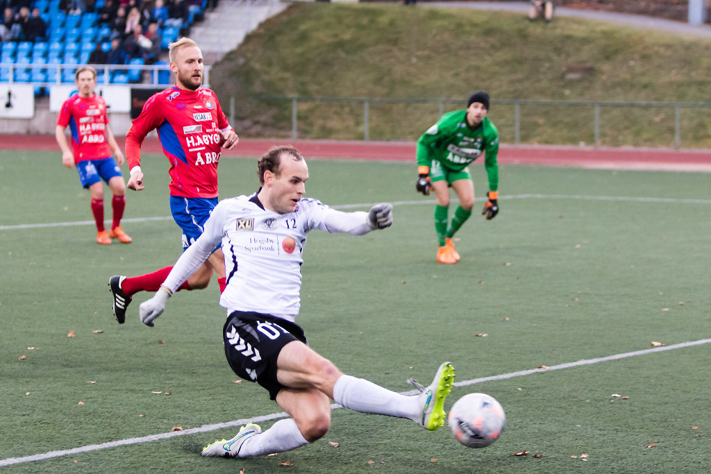 Oskarshamn 2015-11-01 Fotboll Oskarshamns AIK - Örgryte : Oskarshamns AIK vinner seriens sista match med 3-1 mot Örgryte. ( Foto: Peter Holm / Bigfoto )